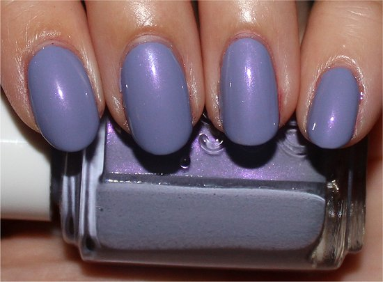 Essie-She's-Picture-Perfect-Review-Pics