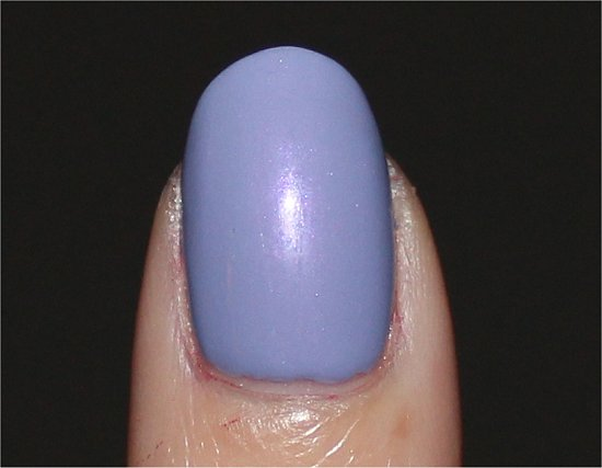 Essie-She's-Picture-Perfect-Review-Swatch