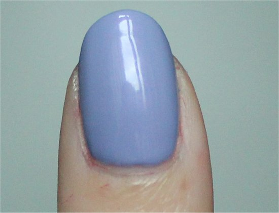 Essie She's Picture Perfect Review & Swatch