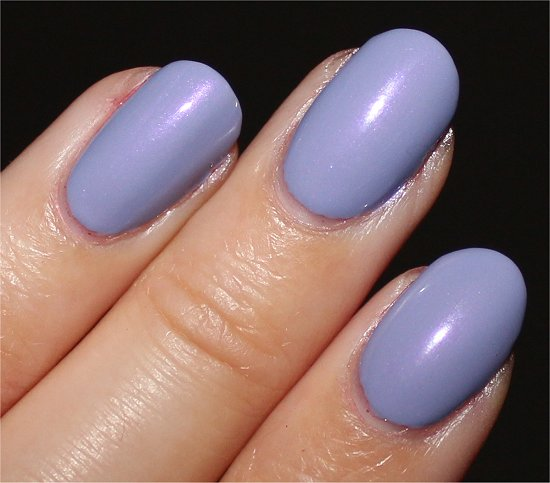 Essie-She's-Picture-Perfect-Review-Swatches