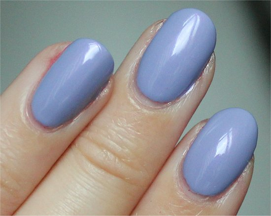 Essie She's Picture Perfect Review & Swatches