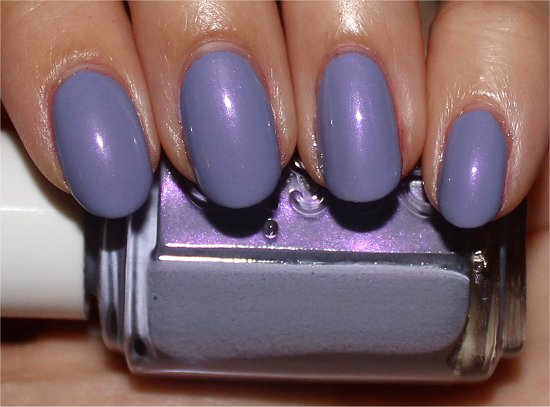 Essie-She's-Picture-Perfect-Swatch-Review