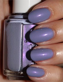 Essie-She's-Picture-Perfect-Swatches-Review