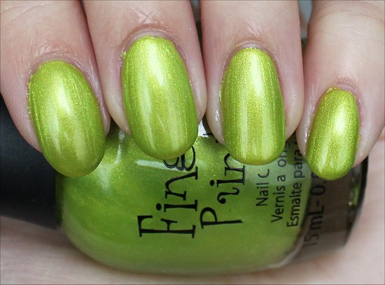 Finger-Paints-Guggen-I'm-Lime-Swatch-Review