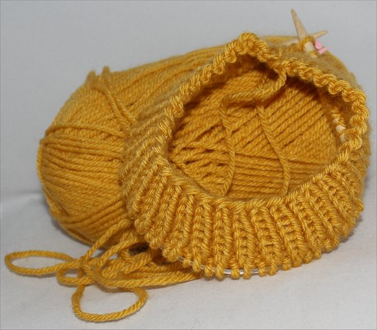 Mustard Hat I Knitted 1