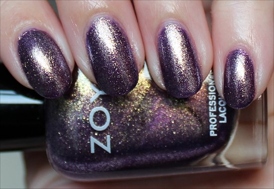 Zoya-Daul-Review-Swatch