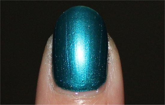Nicole by OPI Deck the Dolls Swatch &amp; Review