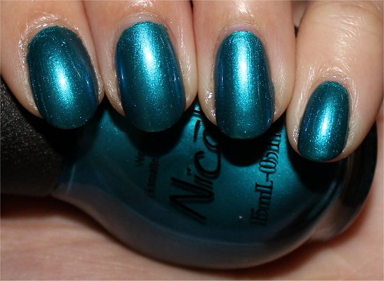 Nicole-by-OPI-Deck-the-Dolls-Swatch