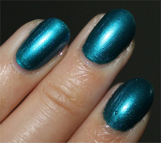 Nicole by OPI Deck the Dolls Swatches &amp; Review