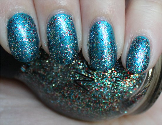 Nicole-by-OPI-Kardashian-Kolors-Kardashing-through-the-Snow-Swatch