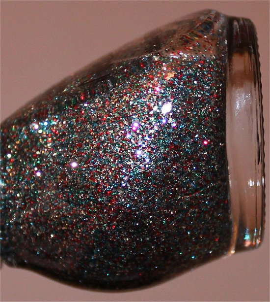 Nicole-by-OPI-Kardashing-through-the-Snow-Review