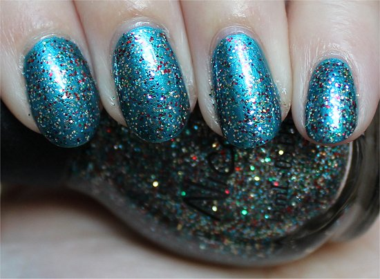 Nicole-by-OPI-Kardashing-through-the-Snow-Swatch