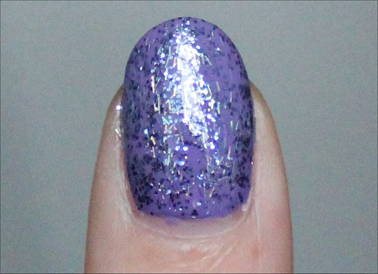 Nicole-by-OPI-Mi-Fantasia-Swatch