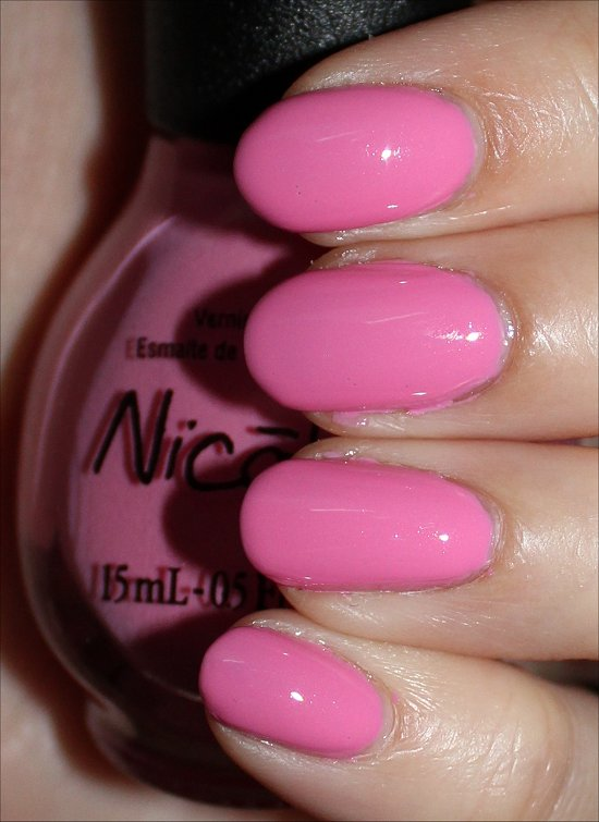 Nicole-by-OPI-Naturally-Swatches-Review