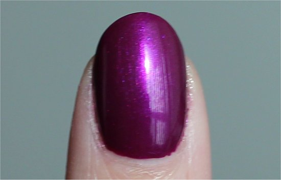 Nicole by OPI Pretty in Plum Pictures & Review