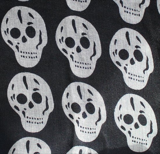 Scull Scarf White Skulls on Black Garage Clothing