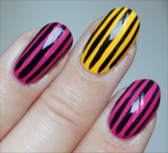 Vertical Stripe Nail Art