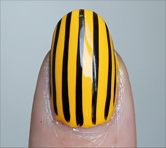 Vertical Stripe Nails