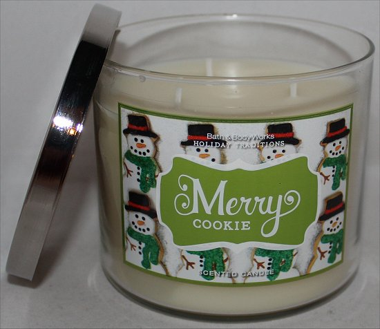 Bath & Body Works Merry Cookie Candle Review