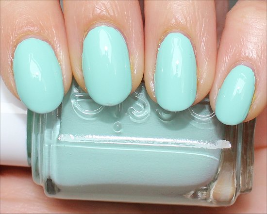 Essie Mint Candy Apple Swatches Amp Review Swatch And Learn