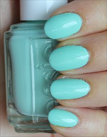Essie Mint Candy Apple Swatches & Review