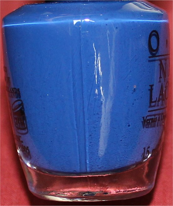 Keeping-Suzi-at-Bay-OPI-Review-Pictures