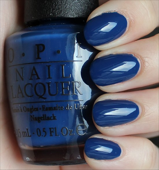 OPI Keeping Suzi at Bay Swatches & Review