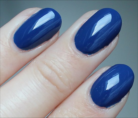 OPI San Francisco Collection Swatch Keeping Suzi at Bay Swatches
