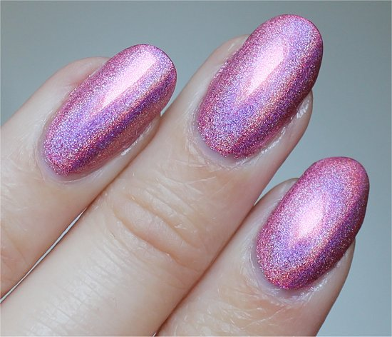 Color-Club-Miss-Bliss-Swatch-Review-Pictures