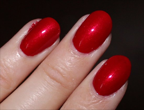 Innie Minnie Mightie Bow by OPI Couture de Minnie Collection Swatches