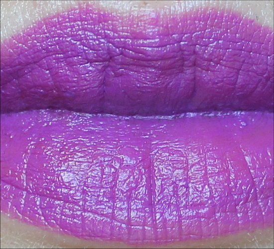 MAC Fashion Sets Heroine Lipstick Swatch