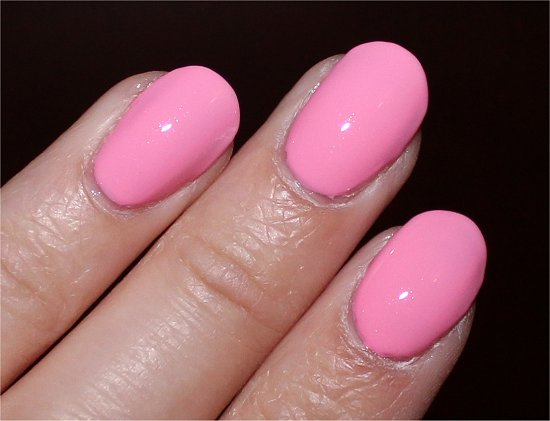 OPI Couture de Minnie Collection Chic from Ears to Tail