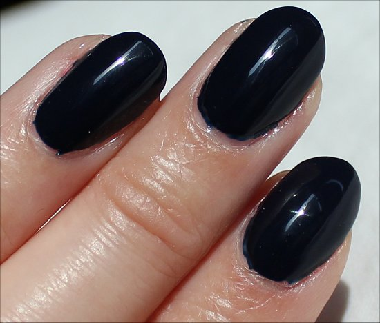 OPI Incognito in Sausalito Swatch & Review