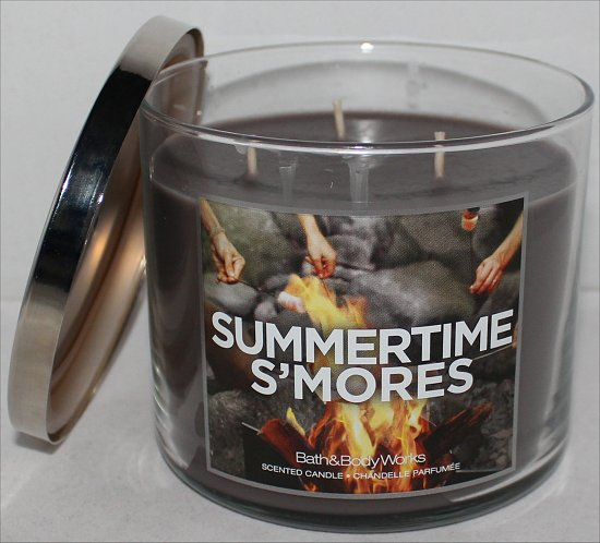 Bath & Body Works Summertime S'mores Candle Review