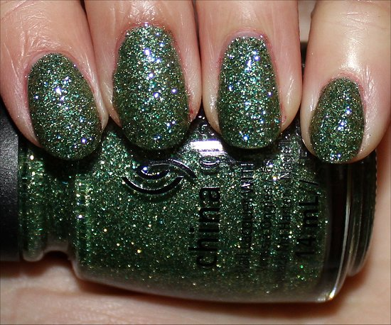 China Glaze This Is Tree-mendous China Glaze Happy HoliGlaze Collection