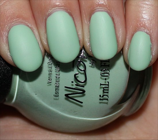 Nicole by OPI I Shop Mintage Pictures & Swatch
