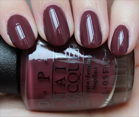 OPI Scores a Goal REview & Swatch