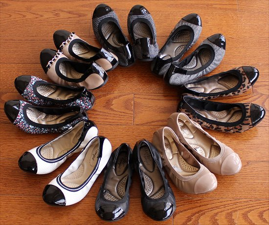 Dexflex Claire Scrunch Flats Collection