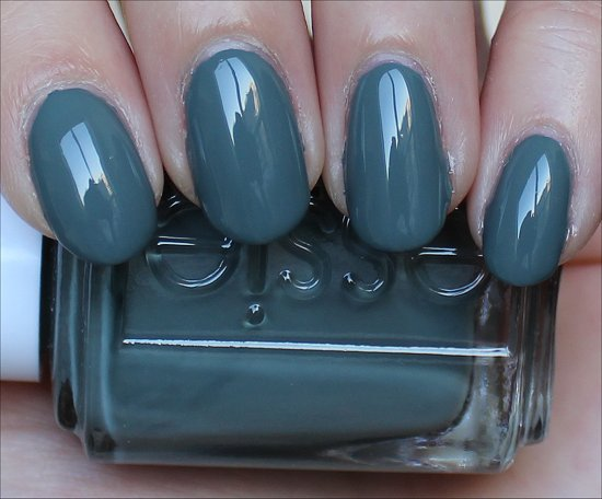 Essie Fall in Line Swatch & Review