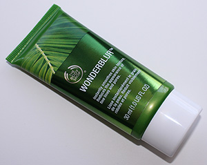 The Body Shop Wonderblur Review & Pictures