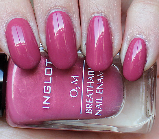 INGLOT-O2M-Breathable-Nail-Polish-Swatch-&-Review