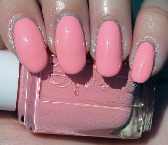 Essie Groove is in the Heart Review