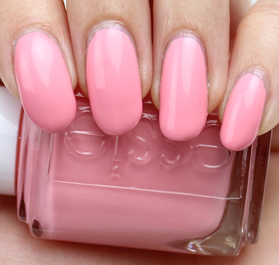 Essie Groove is in the Heart Swatch & Review