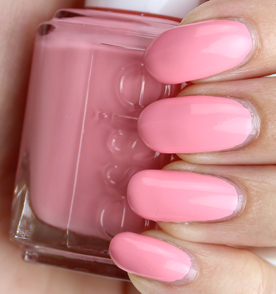 Essie Groove is in the Heart Swatches & Review