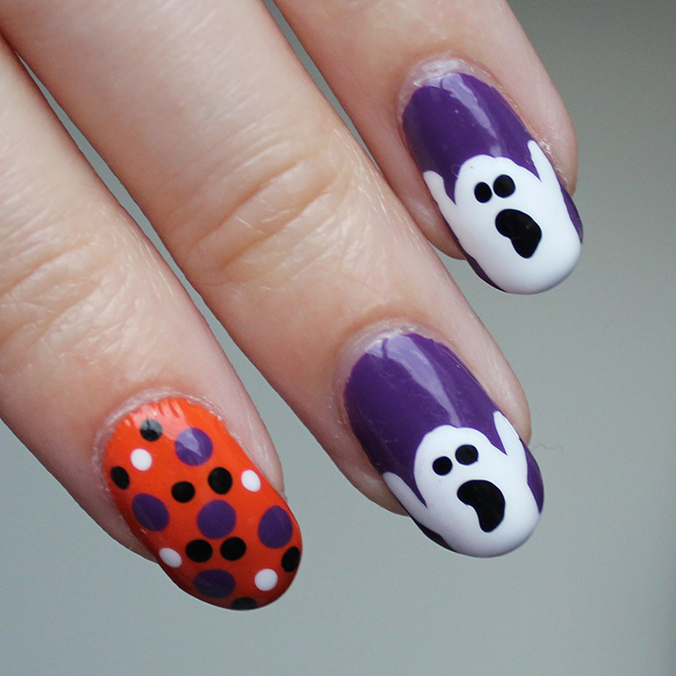 Ghost Nail Art Halloween Nails