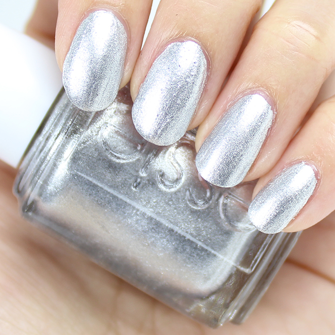 Essie Apres-Chic Swatches & Review
