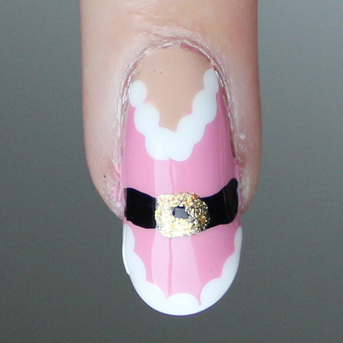 Mrs Claus Nail Art
