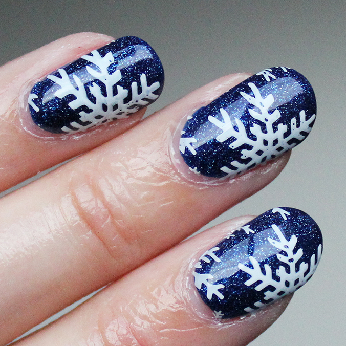 Nail Art Snowflake Nails