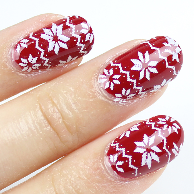 Nail Art Ugly Christmas Sweater Nails