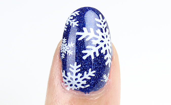 Winter Nails Snowflake Nail Art